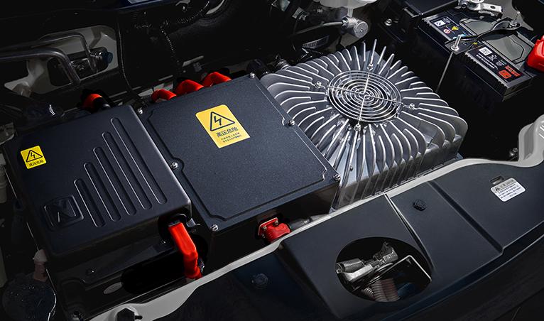 永磁同步电机+三元锂动力电池