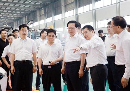 浙江省委书记车俊莅临众泰汽车参观考察