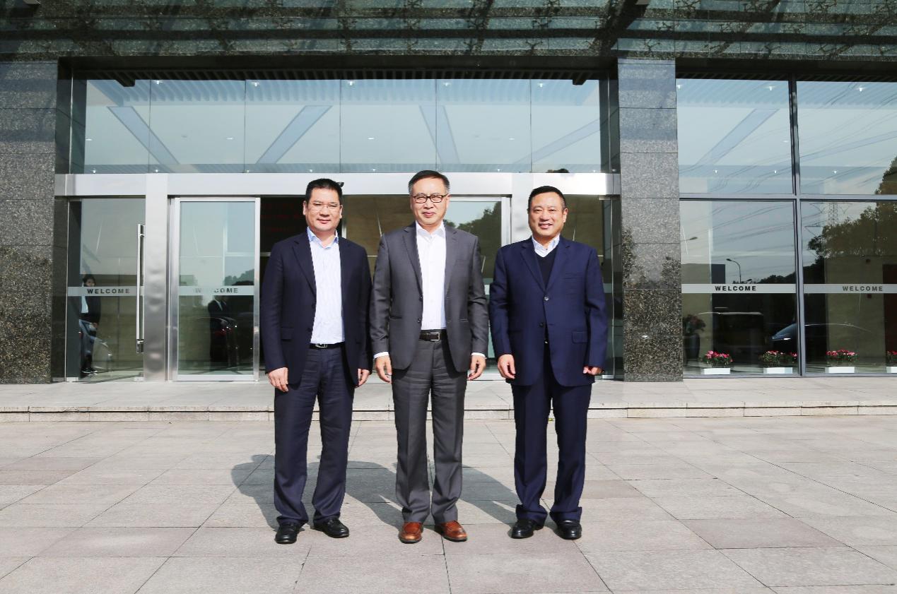 福特汽车副总裁、福特中国总裁陈安宁先生莅临众泰汽车考察交流
