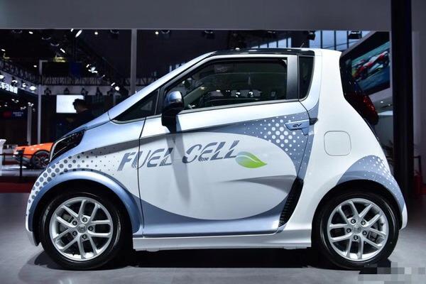 众泰汽车与法液空氢世界的激情碰撞——众泰E200FCV开启燃料电池汽车新时代