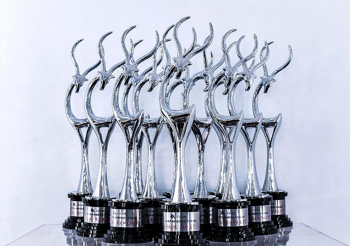 第六届环青海湖(国际)电动汽车挑战赛,众泰E200 Pro、众泰Z500EV Pro荣获13项大奖